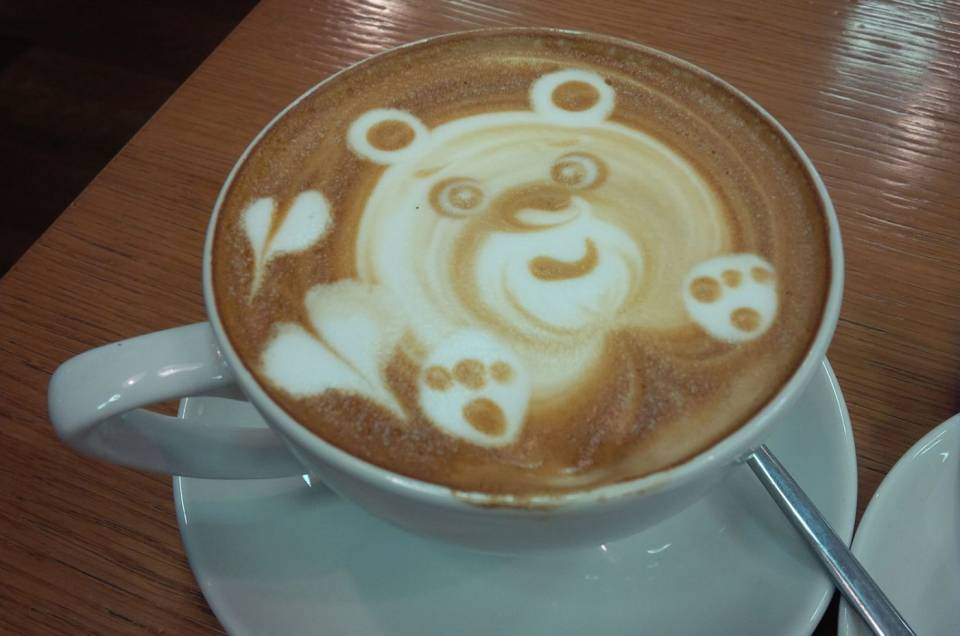 coffee with bear decoration
