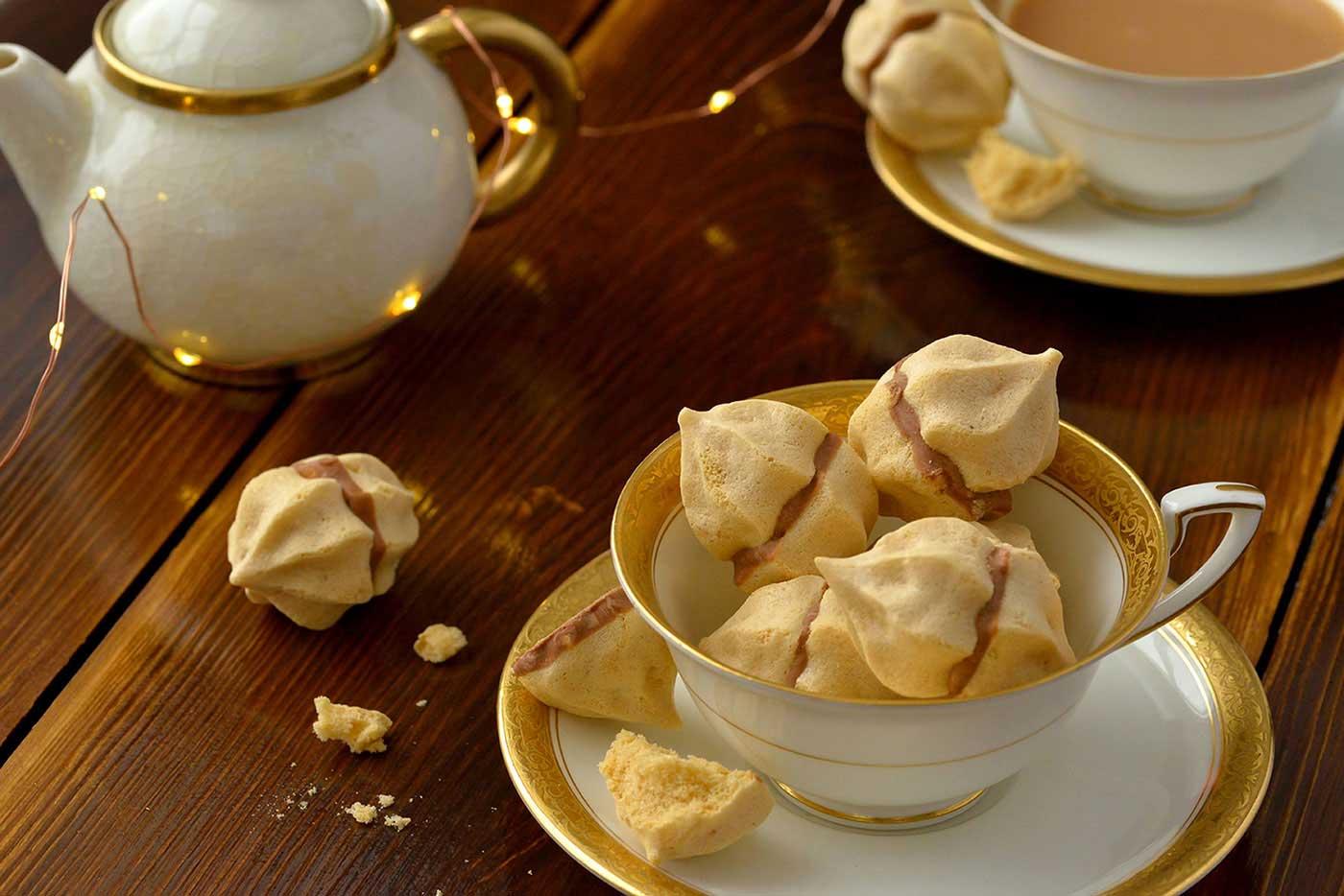 Salted Caramel Meringue Crowns