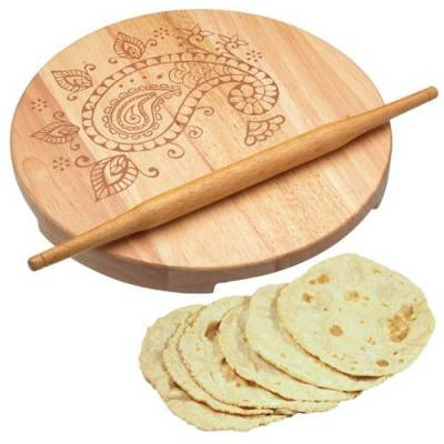 chapatti rolling pin and board